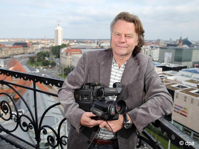 Mit der alten Videokamera auf dem Turm der Reformierten Kirche Leipzig